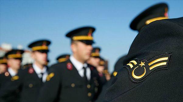 TSK mensubu 176 muvazzaf asker için gözaltı kararı
