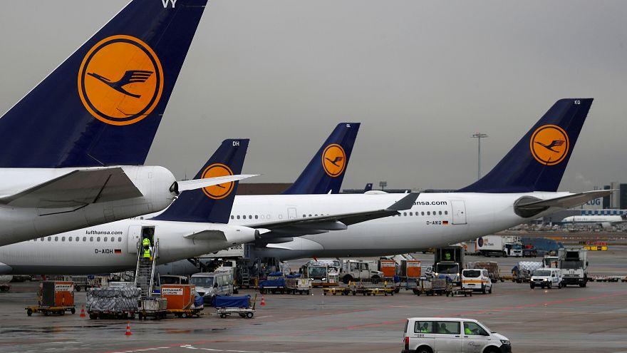 Zu viele kranke Lufthansa-Mitarbeiter: Engpässe bei Bordverpflegung