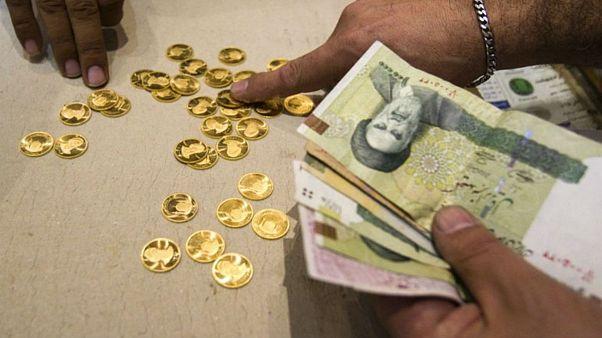 دلار آرام گرفت، سکه سقوط کرد