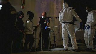 Soccorsi dalla Guardia di Finanza, migranti sbarcano a Pozzallo