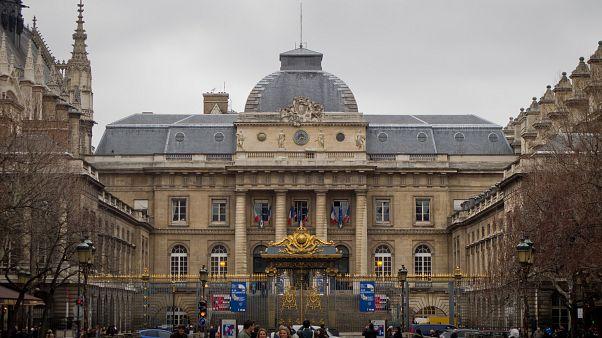 کاخ دادگستری پاریس
