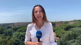 Италия закрывает центр помощи беженцам