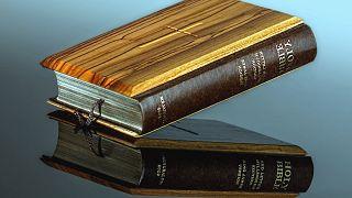 ABD'nin olası yeni gümrük tarifeleri İncil yayıncılarını vurabilir