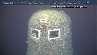 Noruegueses e russos investigam submarino nuclear naufragado