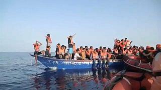 """""""Alan Kurdi"""" rettet 44 Migranten von Holzboot"""