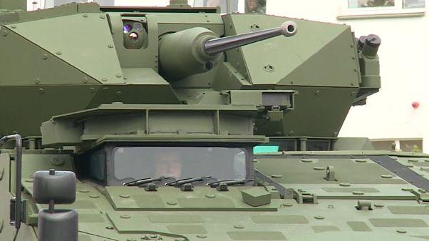 A litván hadsereg átvette az első két Farkast