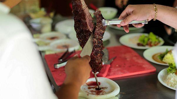 کاهش مصرف گوشت در ایران؛ شکاف ۶۰ درصدی با میانگین جهانی