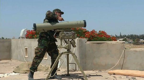 مقاتل ليبي تابع لحكومة الوفاق المعترف بها جوليا