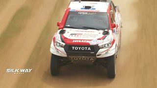 Quarta etapa do Rali Rota da Seda: vitória dupla para a Toyota e tripla para a MAZ