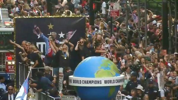 New Yorker feiern Fußball-Weltmeisterinnen