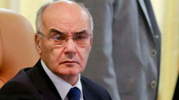 Cezayir'de eski Sanayi Bakanı Yusfi yolsuzluk iddiasıyla gözaltına alındı