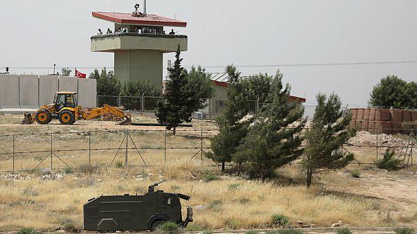 الأسد يصطدم بجدار في حرب سوريا مع صمود المعارضة على خطوط الجبهة