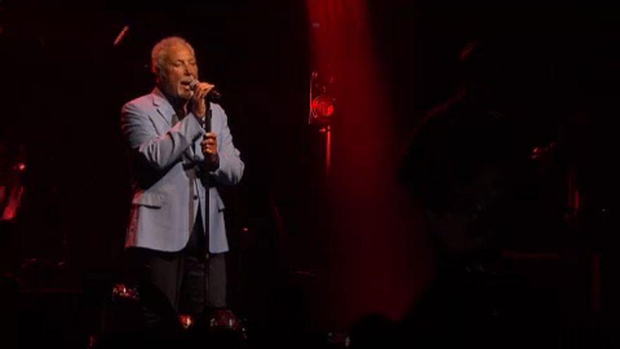 Tom Jones, Rita Ora y Tower of Power en Montreux