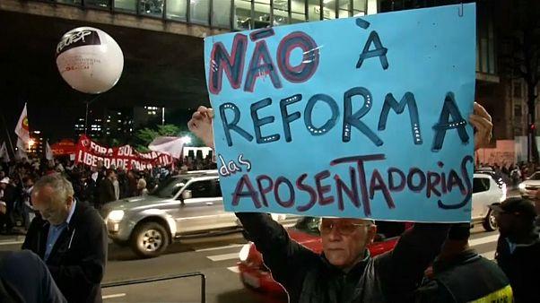 Brasil altera idade da reforma