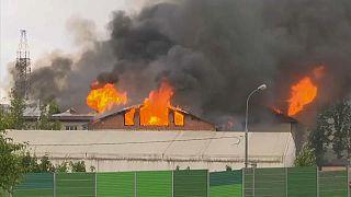 Incendio in una centrale elettrica fuori Mosca, un morto e 13 feriti
