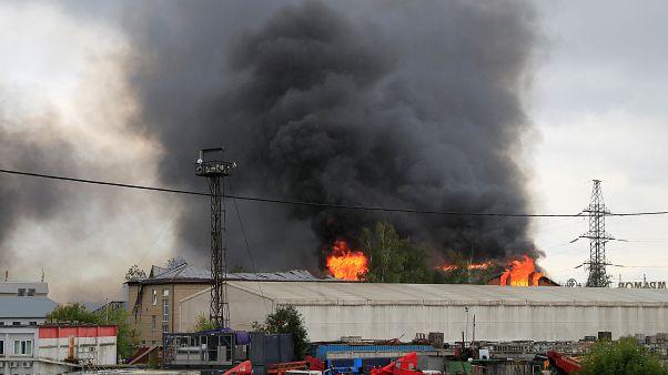 Incêndio numa central elétrica na Rússia