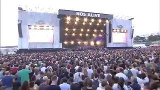 Рок-фестиваль на берегу океана