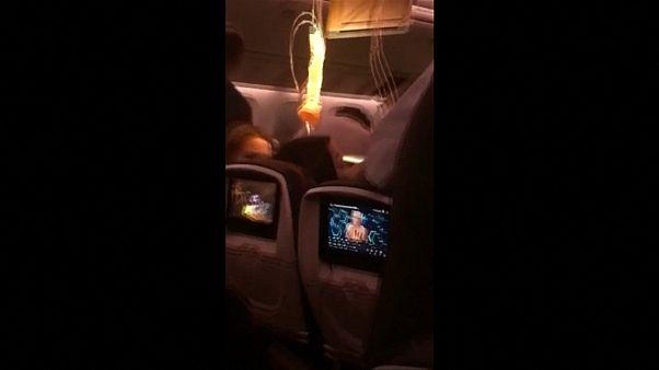 Video: Kanada Havayolları uçağı türbülansa girdi, 35 kişi yaralandı
