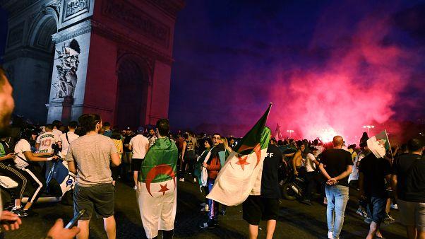 Fransa'da Cezayir'in yarı final kutlamaları sırasında araç çarpan bir kişi öldü