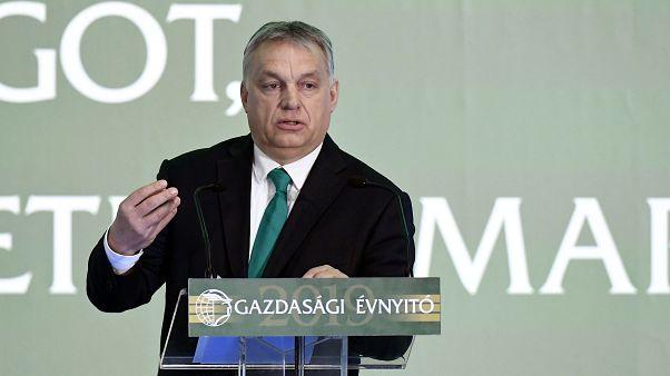 """""""Magyarok vagyunk, dörzsöltek vagyunk"""" - mondta Orbán szokásos pénteki rádióinterjújában"""