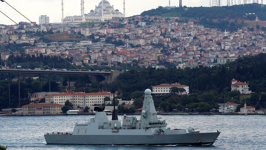 El Reino Unido refuerza su presencia militar en el estrecho  de Ormuz