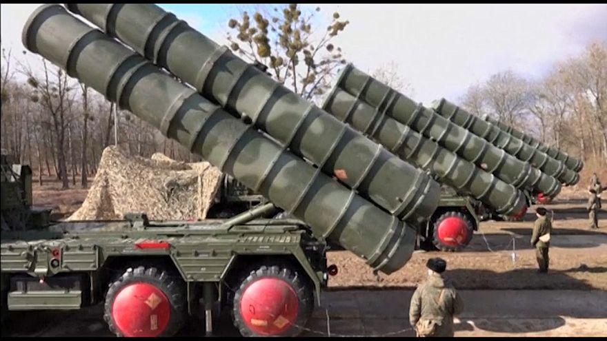 El defensa de misiles ruso S-400 aterriza en Turquía, territorio de la Alianza Atlántica