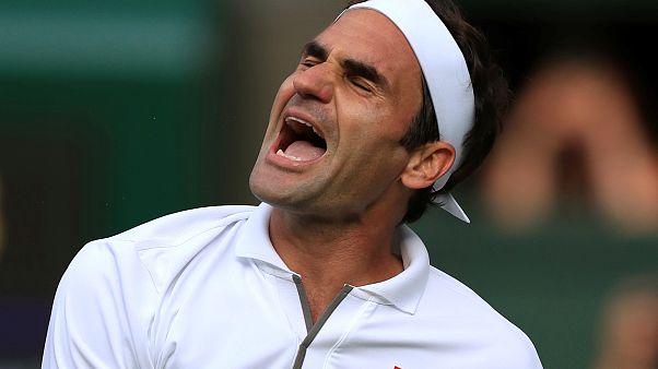 La gioia di Federer sull'amica-erba di Wimbledon.
