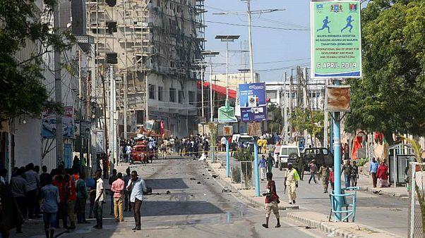 ارتفاع ضحايا هجوم على فندق في الصومال إلى 26 قتيلا