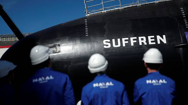 Macron, Fransa'nın nükleer enerji ile çalışan yeni denizaltısını resmen tanıttı