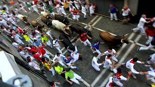 La emoción del encierro vuelve a las calles de Pamplona