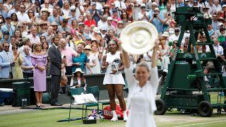Wimbledon : Halep l'emporte et prive Williams d'un record en Grand Chelem