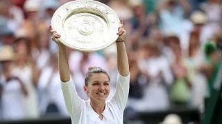 Simona Halep a wimbledoni tenisztorna női bajnoka