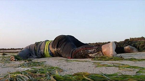 اجساد ۸۲ مهاجر در سواحل تونس از آب گرفته شد
