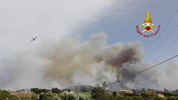 Лесные пожары на Сардинии и в Апулии