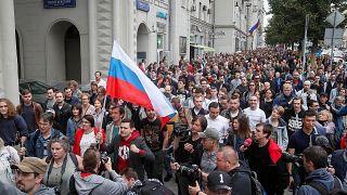 Demonstration in Moskau: Opposition will an Wahl teilnehmen