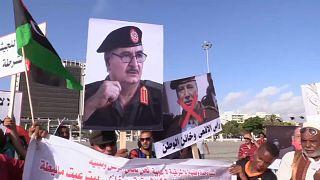 مظاهرات في بنغازي داعمة لحفتر ومطالبات بوقف الدعم التركي لحكومة الوفاق الوطني