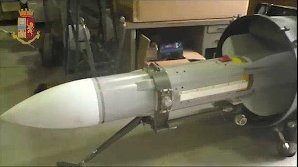 Anche un missile aria-aria sequestrato a un gruppo di neonazisti