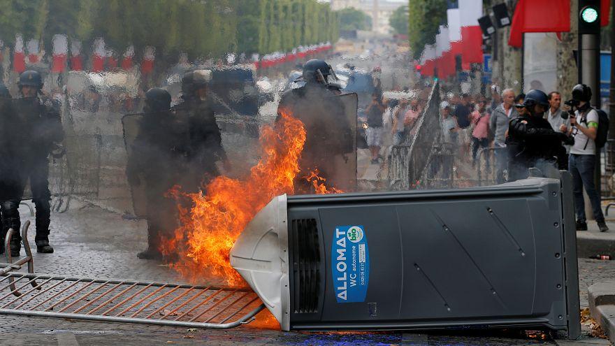 Fransa: 14 Temmuz ve Cezayir'in futbol galibiyeti kutlamalarında 282 kişi gözaltına alındı