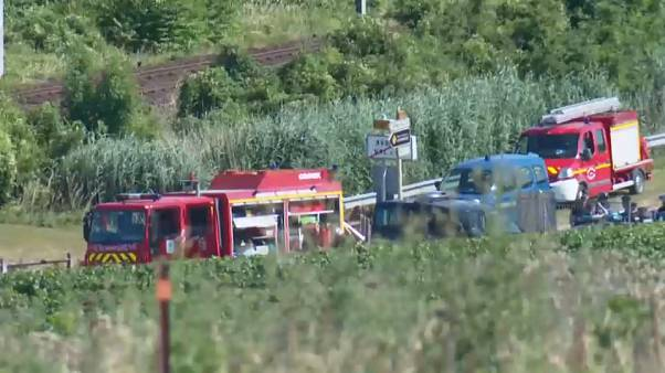 Una niñera francesa fallece en un accidente en un paso a nivel con los dos bebés que cuidaba