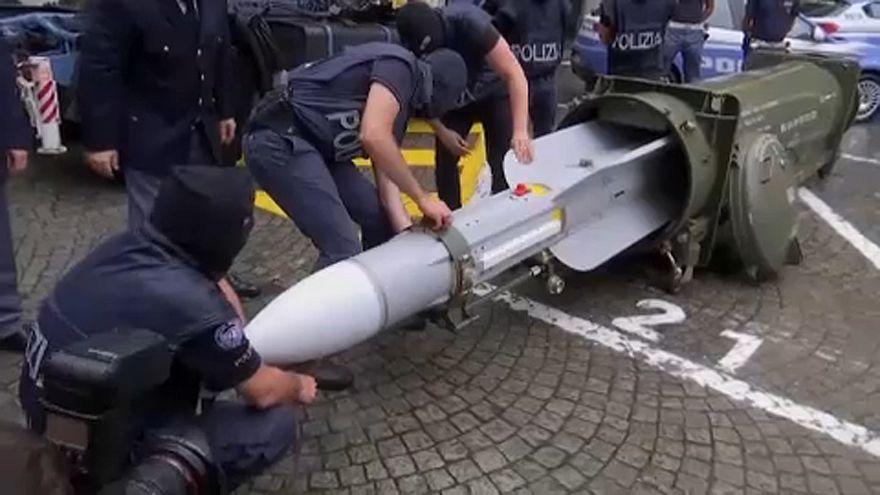 Italie : saisie d'un arsenal de guerre dans le milieu d'extrême droite