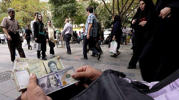 دلار در آستانه تکنرخی شدن؛ بازار آزاد و رسمی به هم رسیدند
