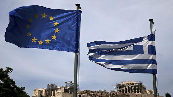 Στις αγορές η Ελλάδα με 7ετές ομόλογο - Κάτω από το 2% η απόδοση