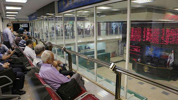 سقوط بورس تهران با تقویت ریال؛ سهام با دلار قیمتگذاری میشود؟