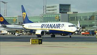 Περικοπές πτήσεων από την Ryanair