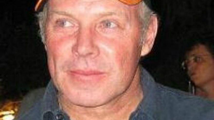 إغتيال باتشلور لاعب منتخب جنوب أفريقيا السابق رميا بالرصاص