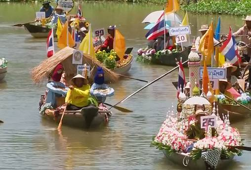 Thailand: Colourful river festival marks the beginning of Buddhist Lent