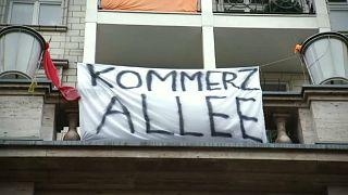 Mietpreisstreit: Berlin kauft Wohnungen in der Karl-Marx-Allee