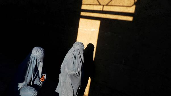 Dutch burqa ban comes into effect but few public areas will enforce it