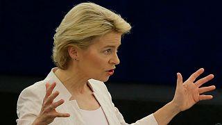 أورسولا فون دير لاين وزير الدفاع الألمانية والمرشحة لمنصب رئيس المفوضية الأوروبية