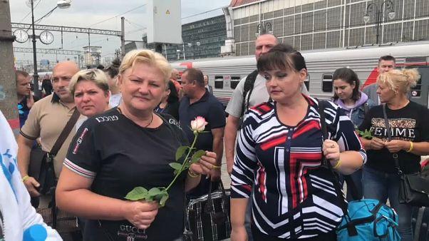 Родные украинских моряков в ожидании вердикта